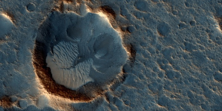 NASA Orbiter Views Sites of Fiction Film's Mars Landings
