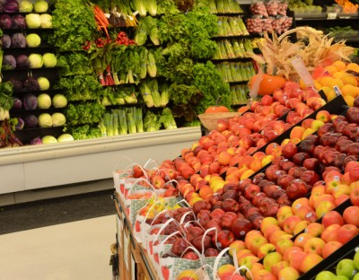New regulations require producers to identify risks in the food supply chain. The goal is to prevent outbreaks of foodborne illnesses. Image credit: Bob Elbert