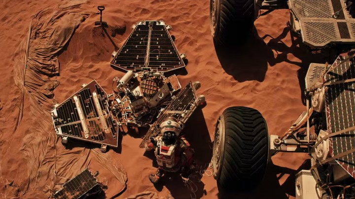 """People and technology from NASA's Jet Propulsion Laboratory aid fictional astronaut Mark Watney during his epic survival story in """"The Martian."""" Image credit: 20th Century Fox"""