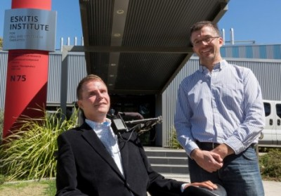 Spinal cord research funder Mr Perry Cross and Dr James St John, from the Eskitis Institute for Drug Discovery. Image courtesy of Griffith University