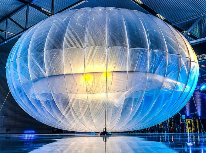 Hundreds – if not thousands – of these balloons are to be launched into the stratosphere, providing Internet access to rural areas, as well as improving communication during natural disasters, by next year. Image credit: Google via Wikipedia.org, CC BY 2.0.