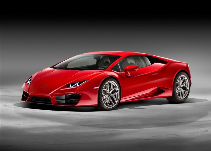 The Huracán LP 580-2 has very subtle design changes from its four-wheel drive brother, revised grill being one of them. Image courtesy of media.lamborghini.com.