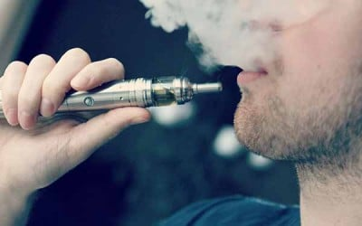Vapors from e-cigarettes promote bacterial growth and inflammation, inhibit body's ability to fight infection. Image credit: Wikimedia commons