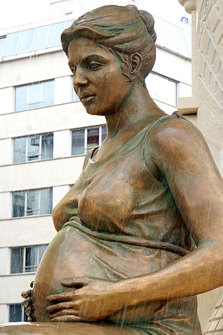 Pregnancy is usually very happy news. However, not all babies are delivered healthy – rate of stillbirth is twice as high in poor families as in wealthier ones. Image credit: Dennis Jarvis via Wikimedia, CC BY-SA 2.0