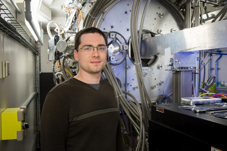 In a Fluid Interface Reactions, Structures and Transport Center project to probe a battery's atomic activity during its first charging cycle, Robert Sacci and colleagues used the Spallation Neutron Source's vibrational spectrometer to gain chemical information. Image credit: Oak Ridge National Laboratory, U.S. Dept. of Energy; photographer Genevieve Martin
