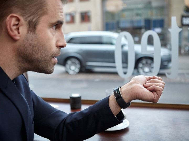 Now Volvo owners will be able to tell their car to set the navigation, start the heater, lock the doors, flash the lights or sound the horn through Microsoft Band 2. Image credit: media.volvocars.com.