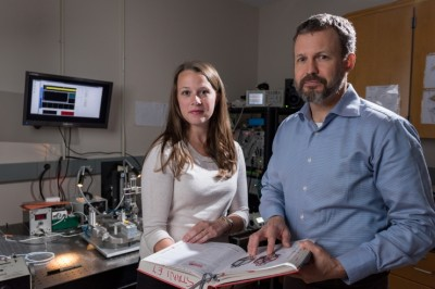 Using optogenetics and other technology, researchers have for the first time precisely manipulated bursting activity of cells in the thalamus, tying it to the sense of touch. Shown are Georgia Tech graduate student Clarissa Whitmire and Georgia Tech professor Garrett Stanley. Image credit: Rob Felt, Georgia Tech