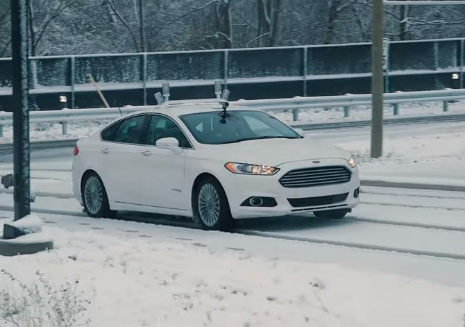 Ford's car drives autonomously in the snow. Image credit: Ford/YouTube video screenshot