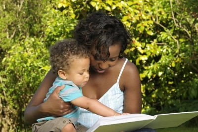 A new UI study finds babies make more speech-like sounds during reading than when playing with puppets or toys—and mothers are more responsive to these types of sounds while reading to their child than during the other activities.
