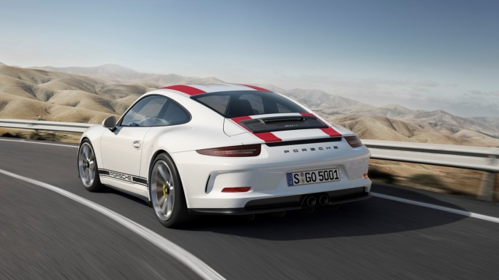 Uninterrupted lines with no fixed spoiler look very elegant, but customers may order their 911 R with red or green stripes to pay tribute to the original 911 R. Image credit: press.porsche.com.