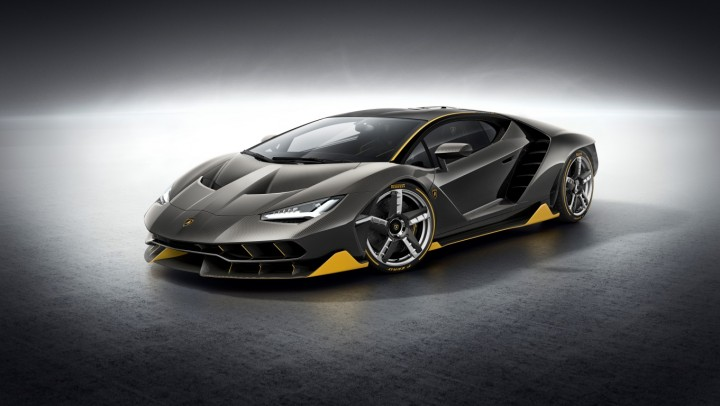 Lamborghini Centenario design is outrageous with many vents, angles and corners. Body is made from carbon fibre to save weight, and wheels have carbon fibre blades to extract heat from the brakes. Image credit: media.lamborghini.com.