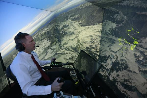 Colonel Gene Lee in a fighter plane simulator facing off with an advanced A.I. that eventually beat him every single time. Image credit: Lisa Ventre, University of Cincinnati.