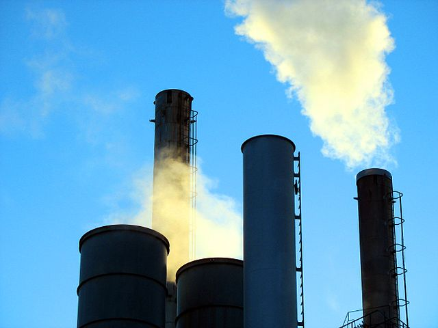 Carbon capturing and storage has potential of significantly reducing human-caused air pollution. Image credit: Uwe Hermann via Wikimedia, CC BY-SA 2.5