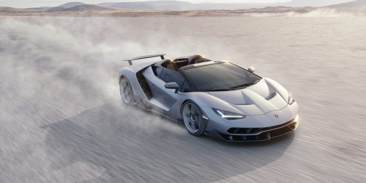 Centenario Roadster, arguably, looks more elegant yet still aggressive and has advanced aerodynamic features. Image credit: media.lamborghini.com.
