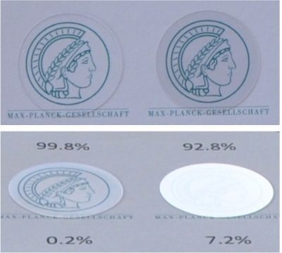Image of the Greek goddess Minerva as seen under a fused silica substrate with 450 nm nanopillars on both sides (left) compared to an unstructured reference (right). Each substrate has a diameter of 25 mm, matching the size of the drawing. The top set of images were taken at an observation angle of 0°, the bottom set of images at an observation angle of 30°. Credit: Zhaolu Diao