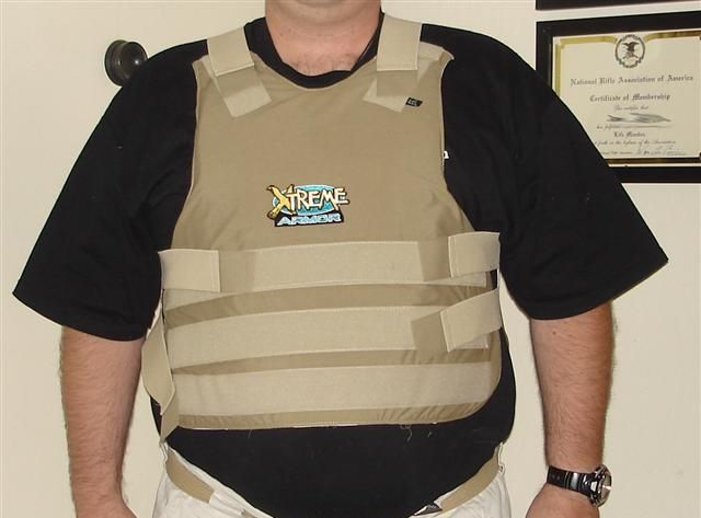 Stronger bullet-proof vests are too big to fit under clothing. Image credit: Jwissick via Wikimedia