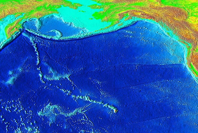 The movement of the Pacific plate across a mantle hotspot created the Hawaiian islands over millions of years. Image credit: National Geophysical Data Center/USGS/Wikimedia Commons