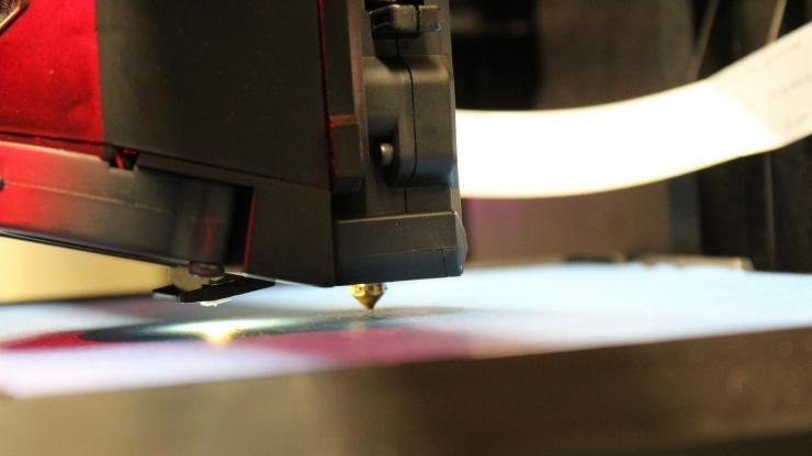 The nozzle of a consumer-oriented 3D printer (Credit: UL Chemical Safety)