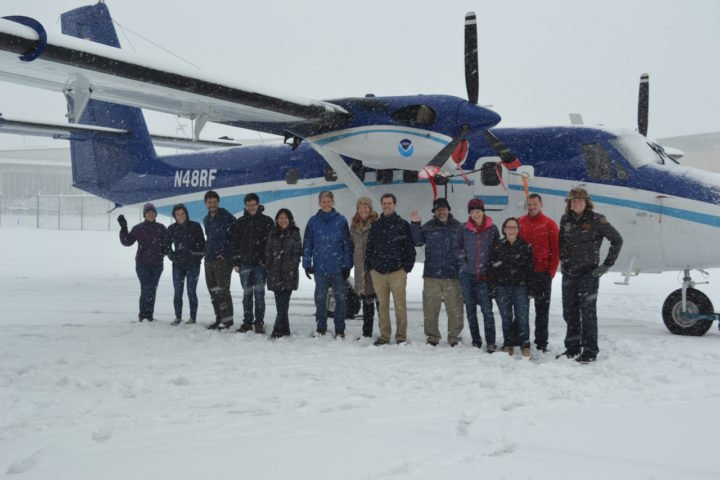 Utah Winter Fine Particulate Study 2017 participants with Twin Otter N48RF. Photo credit: S. Brown, Utah Winter Fine Particulate Study (UWFPS) 2017.