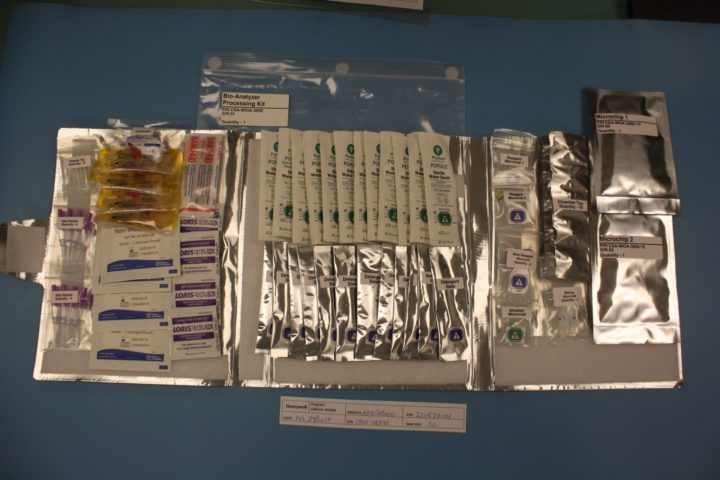 Bio-Analyzer sample collection and processing kit. Credits: Canadian Space Agency