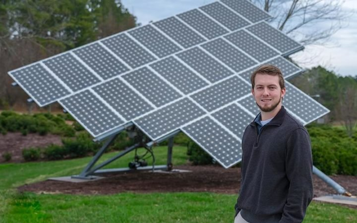 ORNL researcher Ben Ollis is optimizing ORNL-developed control systems for a range of projects in which solar energy, energy storage and other locally sited power assets known as microgrids provide reliable, secure electricity to homes and businesses.