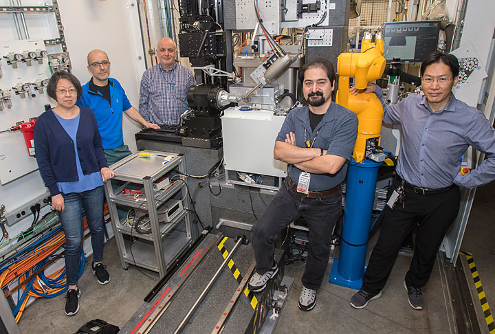 Wuxian Shi, Martin Fuchs, Sean McSweeney, Babak Andi, and Qun Liu at the FMX beamline at Brookhaven Lab's National Synchrotron Light Source II, which was used to determine a protein structure from thousands of tiny crystals.