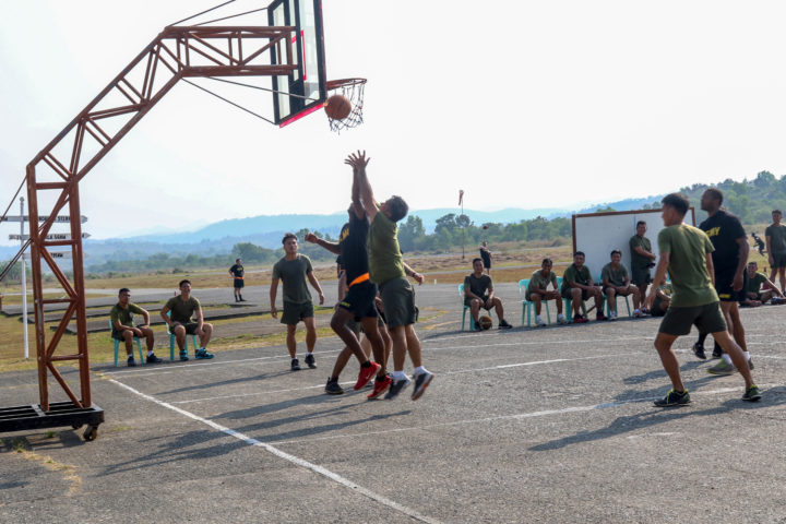 Playing basketball. Image credit: Pfc. Elizabeth Johnson