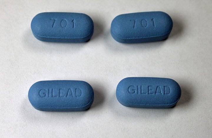 Patients are more inclined to adhere to HIV treatment when their primary care providers showed empathy, true listening, trust, consideration of the whole person and involvement in decision making. Image credit: Jeffrey Beall via Wikimedia, CC-BY-SA-3.0