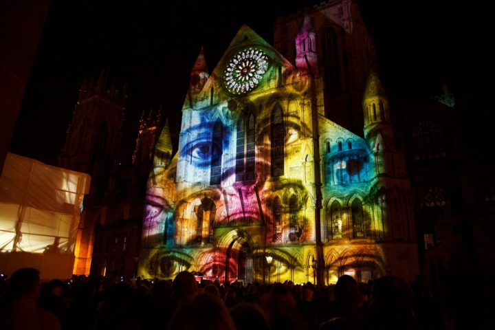 Projection mapping installation. Image credit: PublicDomainPictures via Pixabay (Pixabay licence)