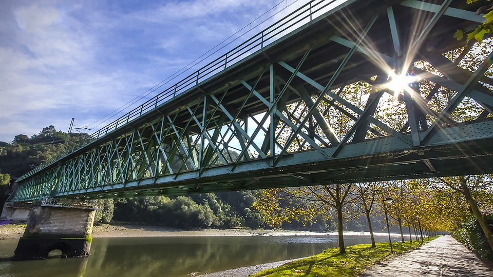 A steel bridge. Image credit: Max Pixel, CC0 Public Domain