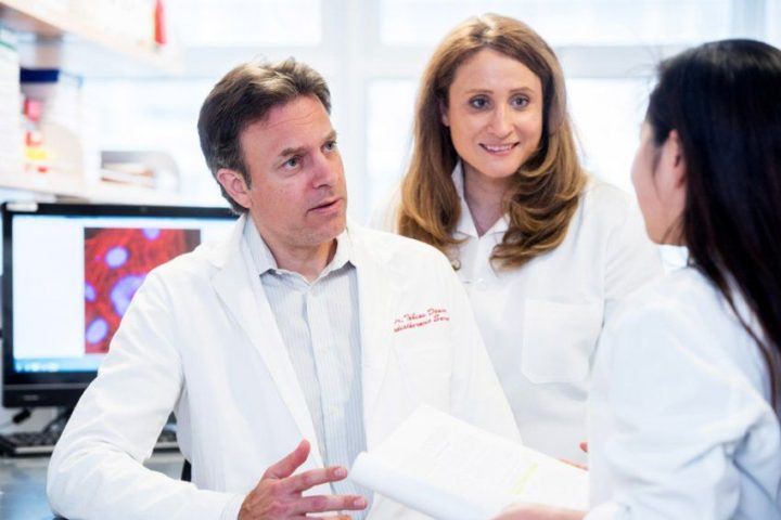 Tobias Deuse, MD, lead author and Sonja Schrepfer, MD, PhD, senior author of the study. Image credit: UCSF