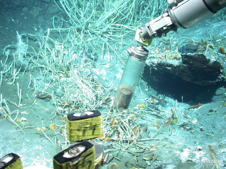 The submersible vehicle MARUM-QUEST samples for sediment at oil seeps in the Gulf of Mexico. Image credit: Marum