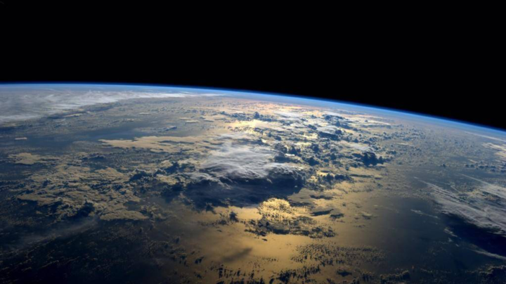 Canadian astronomers determine Earth's fingerprint in hopes of finding habitable planets beyond the Solar System. Pictured: a view of Earth from space taken from the International Space Station. (Credit: NASA/Reid Wiseman)