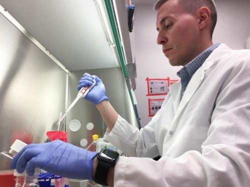 Jacob Yount at work in the lab. Image credit: Ohio State University