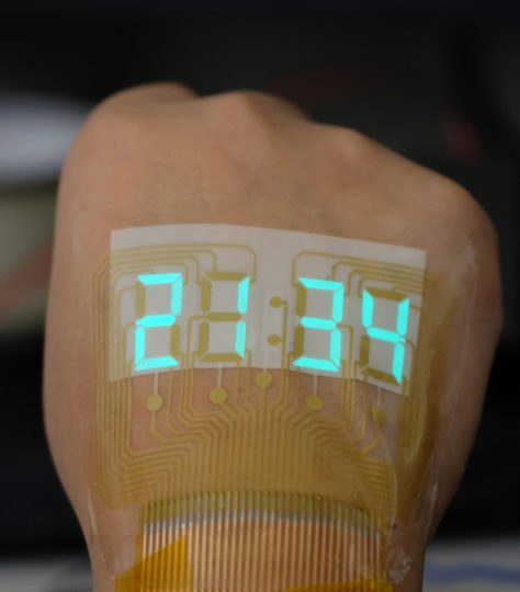 A stretchable light-emitting device becomes an epidermal stopwatch. Image credit: Adapted from ACS Materials Letters 2019, DOI: 10.1021/acsmaterialslett.9b00376