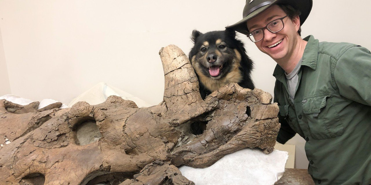 Paleontologist Scott Persons with Hannah, the Styracosaurus skull fossil he discovered in 2015 and named after his dog. (Photo courtesy of Scott Persons)