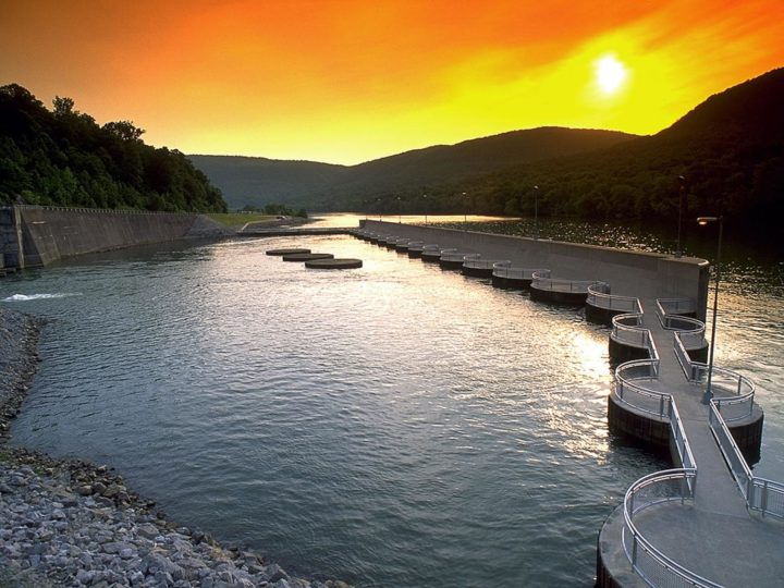 PNNL led an evaluation of 10 energy storage options, including pumped-storage hydropower. Raccoon Mountain Pumped-Storage Plant in southeast Tennessee pumps water from Nickjack Reservoir when there is low demand. Water is released when the demand is high. Image credit: United States Tennessee Valley Authority