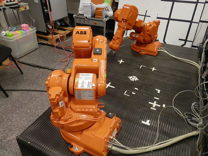 Interactive learning approach is useful in training not just industrial robotic systems.